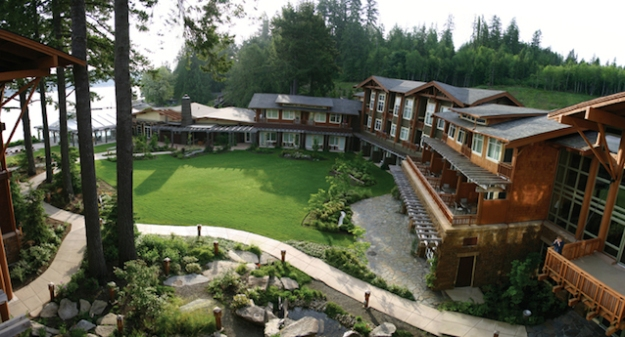 Alderbrook Resort & Spa provides a nice welcome for visitors and locals.