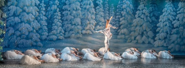 ky-nutcracker-dawn-gierling-cristian-laverde-koenig-snow_1000